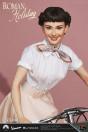 ein-herz-und-eine-krone-princess-ann-audrey-hepburn-1951-vespa-125-limited-edition-statue-blitzway_BW903714_4.jpg