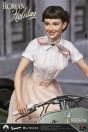 ein-herz-und-eine-krone-princess-ann-audrey-hepburn-1951-vespa-125-limited-edition-statue-blitzway_BW903714_7.jpg