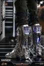 hot-toys-iron-man-tony-stark-mech-test-dx-version-collector-edition-movie-masterpiece-actionfigur_S906793_11.jpg