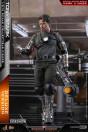 hot-toys-iron-man-tony-stark-mech-test-dx-version-collector-edition-movie-masterpiece-actionfigur_S906793_4.jpg