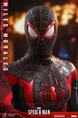 hot-toys-marvels-spider-man-miles-morales-miles-morales-video-game-masterpiece-actionfigur_S907275_11.jpg