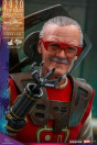 hot-toys-thor-ragnarok-stan-lee-exclusive-movie-masterpiece-actionfigur_S906326_9.jpg