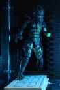neca-predator-2-city-hunter-battle-damaged-ultimate-actionfigur_NECA51428_3.jpg