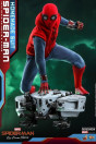 spider-man-far-from-home-spider-man-homemade-suit-movie-masterpiece-actionfigur-hot-toys-sideshow_S905176_3.jpg