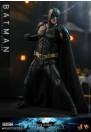 hot-toys-batman-the-dark-knight-rises-batman-movie-masterpiece-dx-series-actionfigur_S907401_4.jpg