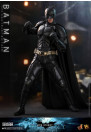hot-toys-batman-the-dark-knight-rises-batman-movie-masterpiece-dx-series-actionfigur_S907401_5.jpg