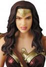 medicom-wonder-woman-mafex-actionfigur_MEDI47048_6.jpg