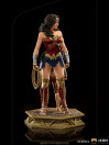 iron-studios-wonder-woman-1984-young-diana-limited-deluxe-edition-bds-art-scale_IS13425_8.jpg
