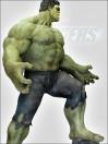 marvels-the-avengers-hulk-life-size-statue-300-cm_MMHU-A_9.jpg