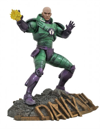 dc-comics-lex-luthor-dc-gallery-statue-diamond-select_DIAMMAR202619_2.jpg