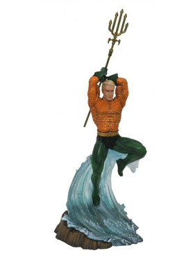 aquaman-dc-gallery-pvc-statue-30-cm_DIAMJUN182319_2.jpg