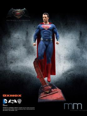 Batman vs Superman: Dawn of Justice - Superman - 1/1 Life Size Statue incl. Base
