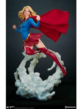 dc-comics-supergirl-premium-format-statue-50-cm_S300670_2.jpg