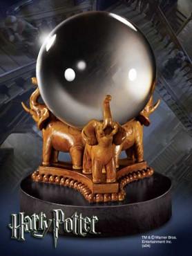 harry-potter-mrs_-trelawneys-kristallkugel_NOB7364_2.jpg