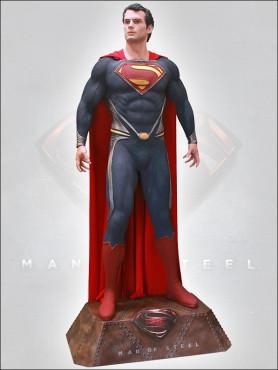 man-of-steel-superman-life-size-statue-198-cm_MM0SU-MOS_2.jpg