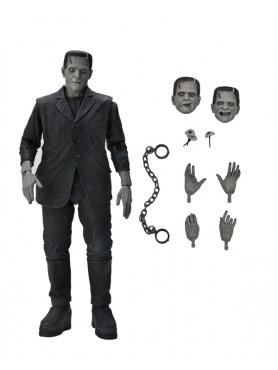 Universal Monsters: Frankenstein's Monster (Black & White) Ultimate Action Figure