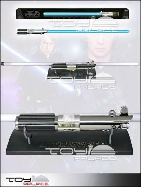 star-wars-episode-3-anakin-fx-lichtschwert-mit-abnehmbarer-klinge_94729-2_2.jpg