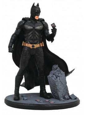 the-dark-knight-batman-dc-movie-gallery-statue-23-cm_DIAMSEP182333_2.jpg