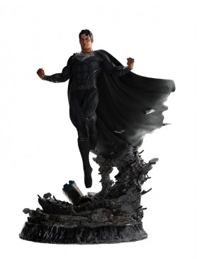 weta-collectibles-zack-snyders-justice-league-superman-black-suit-limited-edition-statue_WETA740103748_2.jpg