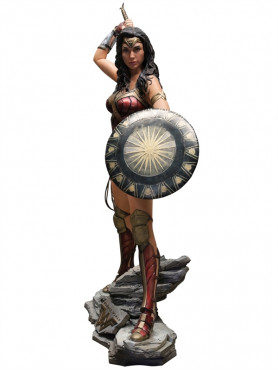 wonder-woman-wonder-woman-life-size-statue-224-cm_MMWOW-1_2.jpg