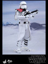 star-war-episode-vii-first-order-snowtroopers-set-sixth-scale-16-figuren-hot-toys-30-cm_S902553_5.jpg